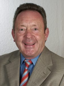 Helmut Schneider (2. Vorsitzender)